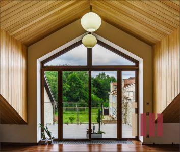 Раздвижные двери на террасу и остекление лоджии